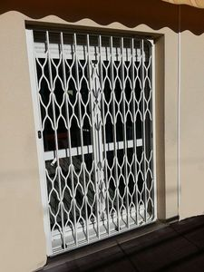 Art And Blind Fire resistant metal curtain
