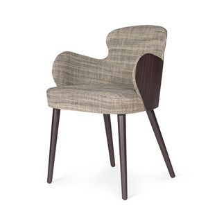 MARIE'S CORNER -  - Armchair