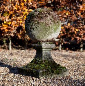 GARDEN ART PLUS -  - Garden Ornament