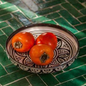 HOUSEHOLD HARDWARE -  - Fruit Dish