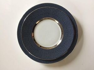 Legle - chagrin d'amour - Dinner Plate