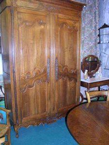 Antiquités FAUROUX - armoire de mariage - Wedding Chest
