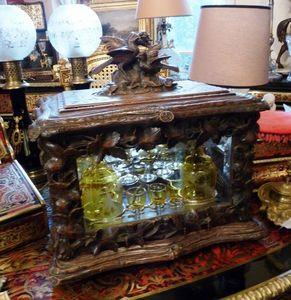 Art & Antiques - cave à liqueur travail forêt noire verrerie crist - Liquor Cellar