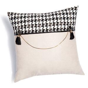 MAISONS DU MONDE - housse de coussin lady chaine - Cushion Cover