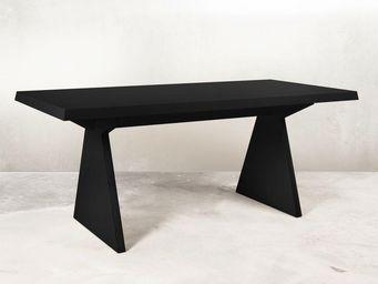 MALHERBE EDITION - table tr1 entièrement laquée - Table