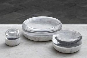 Gum Design -  - Pin Tray