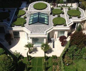 XAVIER DE CHIRAC -  - Decked Terrace
