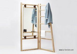 LA FONCTION -  - Clothes Hanger