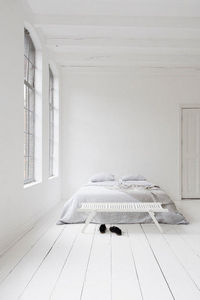 REX KRALJ -  - Bed Bench