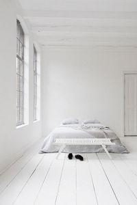 REX KRALJ -  - Bed Bench
