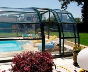 Venus Abris -  - Freestanding Pool Enclosure