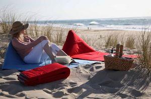 VIAL - -fida - Beach Headrest