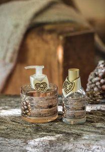 Amelie et Melanie - nuit au chalet - Liquid Soap
