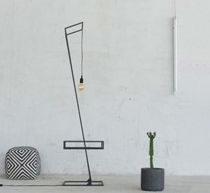TAM - lightbox - Reading Lamp