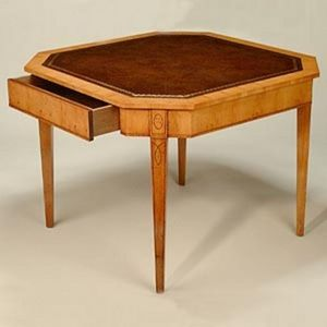 FAULD - octagonal top games  - Games Table