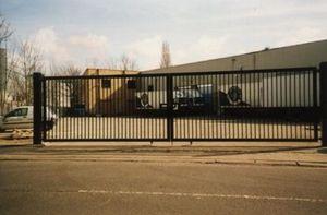 Continental Shutters -  - Sliding Gate