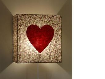 Voila Ma Maison - applique liberty prune coeur - Children's Wall Lamp
