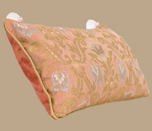 HOLISTIC SILK -  - Bath Pillow