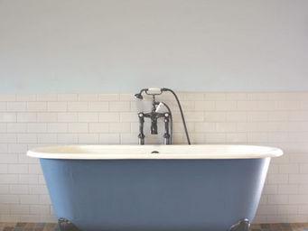 THE BATH WORKS - clio - Freestanding Bathtub With Feet