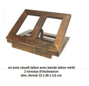 Carre Lutz -  - Book Stand