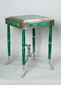 La Tour Camoufle - table russe en argent, malachite et pierres orneme - Games Table