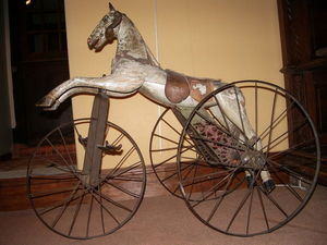 Hippocante - cheval mécanique garnier. - Rocking Horse