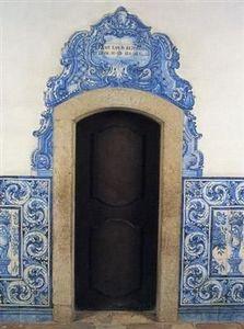 Almaviva - encadrement de porte en azulejos - Decorative Door Film