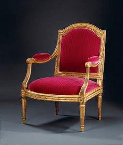 Didier Aaron (Paris) - paire de fauteuils à la reine transition - Flat Back Armchair