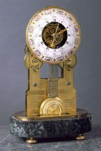 Aveline -  - Antique Clock