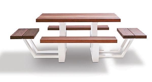 Cassecroute - Picnic table-Cassecroute-carré wood