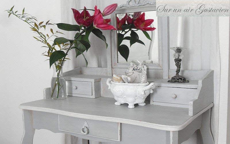 SUR UN AIR GUSTAVIEN Schreibtisch Schreibtische & Tische Büro Büro | Klassisch