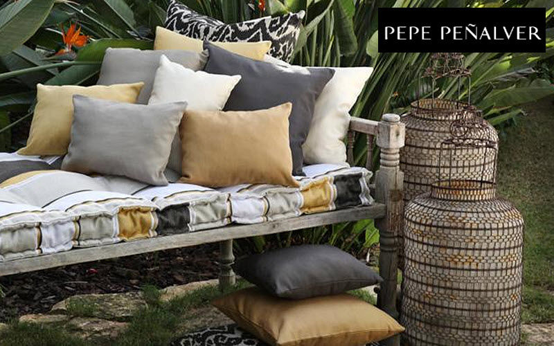 Pepe Penalver Sitzmöbel Stoff Möbelstoffe Stoffe & Vorhänge   