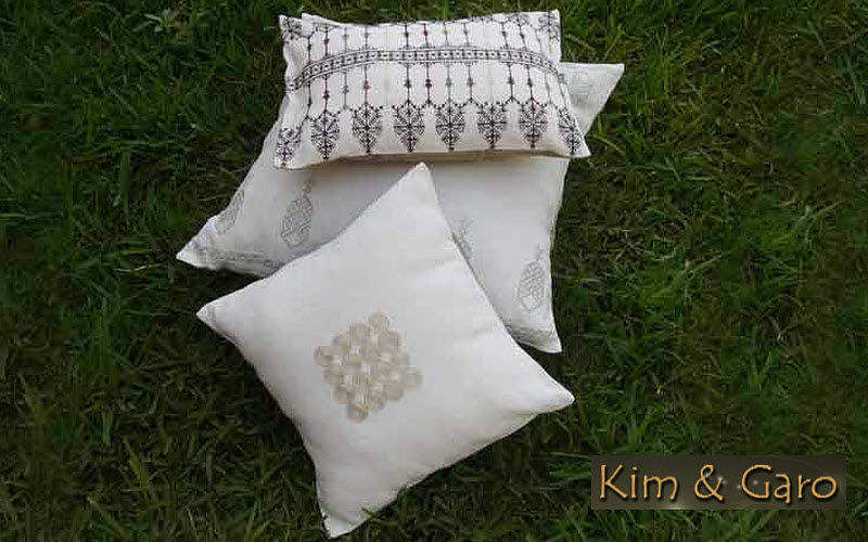 Kim & Garo Kissen quadratisch Kissen, Polster und Bezüge Haushaltswäsche  |