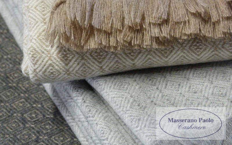 MAssERANO PAOLO CASHMERE Plaid Bettdecken und Plaids Haushaltswäsche  |