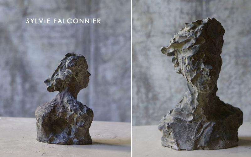 SYLVIE FALCONNIER Büste Figuren und Skulpturen Kunst  |