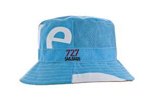 727 Sailbags Hut