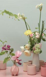 THIERRY BOUTEMY -  - Blumengebinde