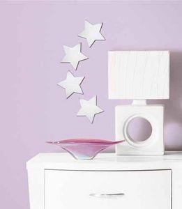 RoomMates - 4 stickers miroirs etoiles 14x14cm - Kinderklebdekor