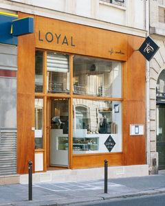 Roman Frankel - loyal façade - Innenarchitektenprojekt