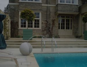 GUNCAST SWIMMING POOLS -  - Traditioneller Schwimmbad