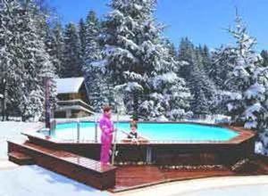 Piscines Arizona Pool -   - Pool Mit Holzumrandung