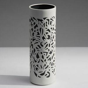 INDUSTREAL - falling - Vasen