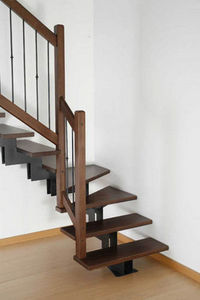 NOVALINEA - monotrave tekno - Viertelgewendelte Treppe