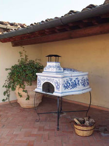 Pugi Ceramiche - stromboli - Holzkohlegrill