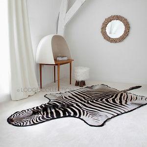 LODGE COLLECTION - zebre de hartmann - Zebrafell