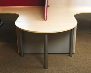 Logic Office Group - semi-circle - Schreibtisch