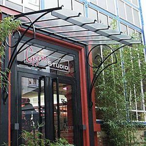 Reignoux Creations - ma 83 - Eingangsvordach