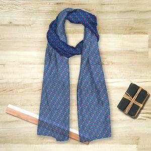 la Magie dans l'Image - foulard petits coeurs bleu - Vierecktuch