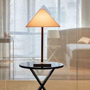 Armani Casa - logo - Tischlampen