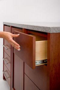 Accuride - touch release - Schubladenschrank